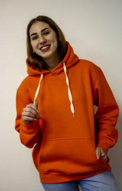 Худи оранжевого цвета