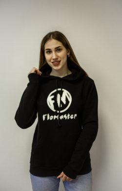 Худи черное с логотипом Flomaster